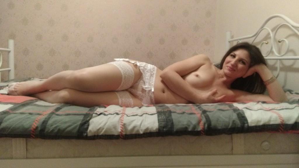 call escort adult services online Victoria